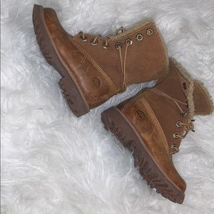 Brown rustic timbaland kids boots size 6